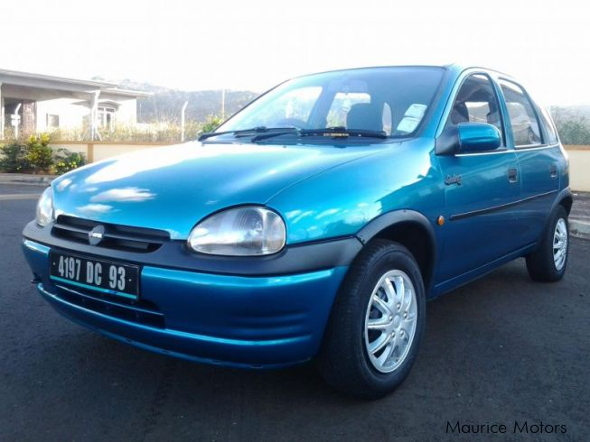 used opel corsa 1993 corsa for sale terre rouge opel corsa sales opel corsa price rs. Black Bedroom Furniture Sets. Home Design Ideas