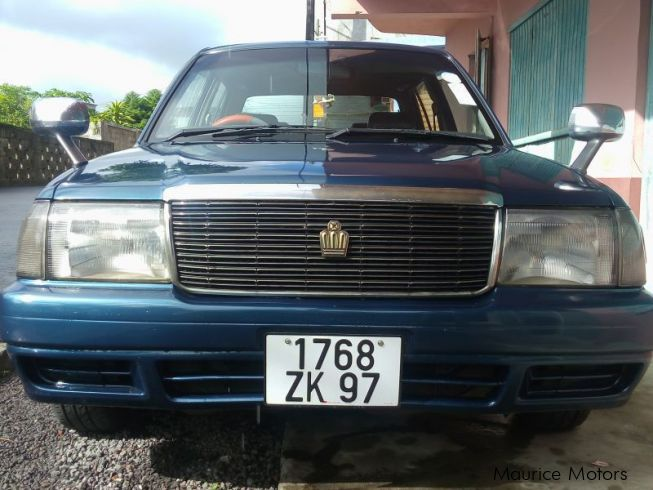 Used toyota crown 1997 crown for sale lallmatie toyota for Crown motors used cars