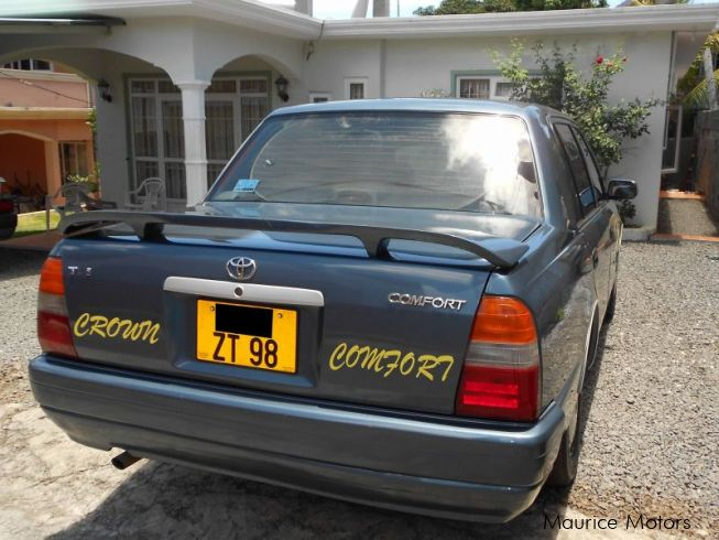 Used toyota crown comfort 1998 crown comfort for sale for Crown motors used cars