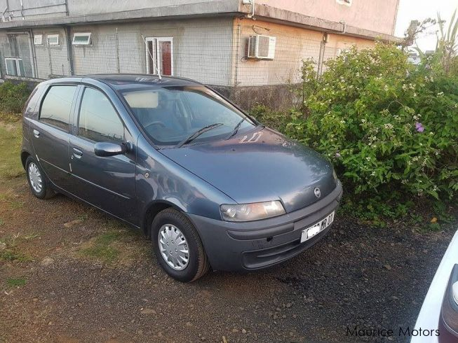 used fiat punto 2001 punto for sale phoenix fiat punto sales fiat punto price rs 60 000. Black Bedroom Furniture Sets. Home Design Ideas