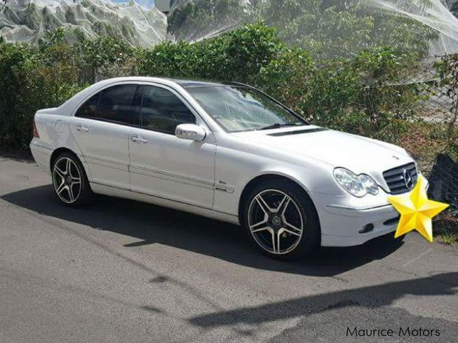 used mercedes benz c180 amg 2001 c180 amg for sale quatre bornes mercedes benz c180 amg. Black Bedroom Furniture Sets. Home Design Ideas