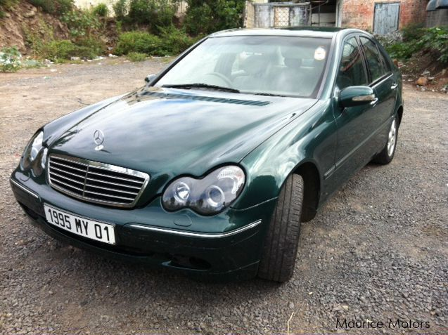 used mercedes benz c220 cdi 2001 c220 cdi for sale beau bassin mercedes benz c220 cdi sales. Black Bedroom Furniture Sets. Home Design Ideas