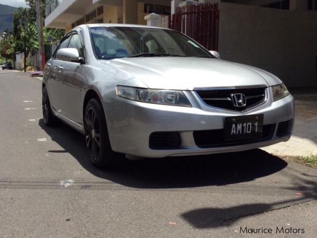 Used honda accord 2003 accord for sale port louis for Honda accord used cars for sale