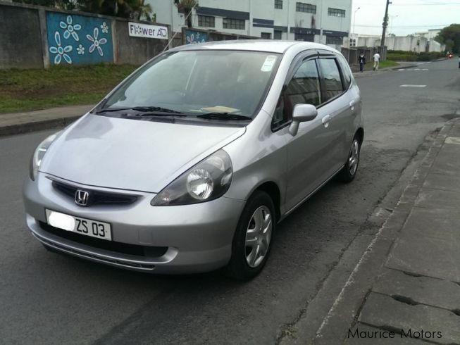 used honda fit 2003 fit for sale vacoas honda fit sales honda fit price rs 235 000 used cars. Black Bedroom Furniture Sets. Home Design Ideas