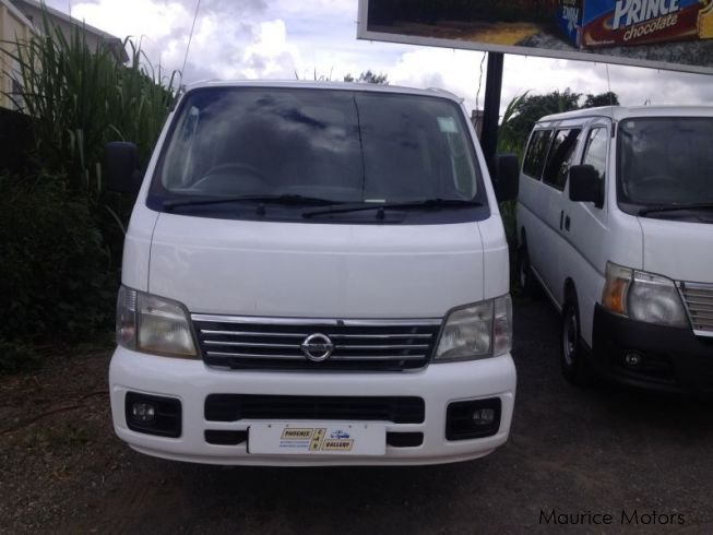 Used Nissan URVAN - 11 SEATS