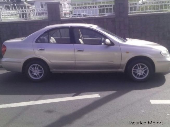 Nissan Sunny N17 in Mauritius