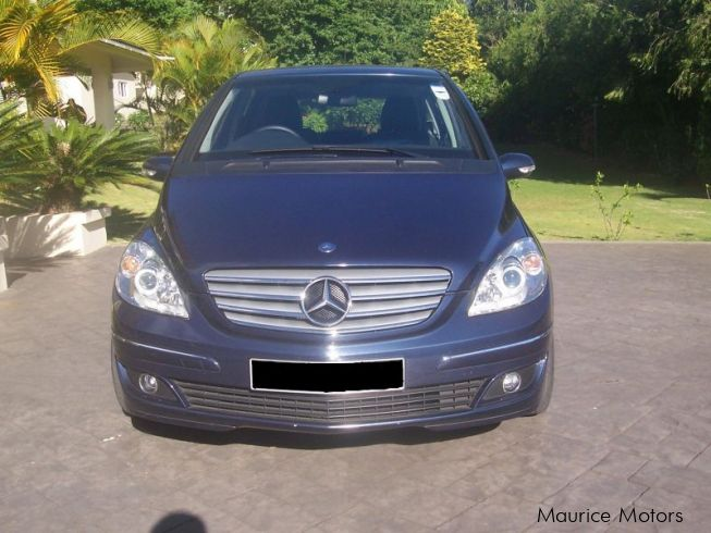 used mercedes benz b150 2006 b150 for sale quatre bornes mercedes benz b150 sales mercedes. Black Bedroom Furniture Sets. Home Design Ideas