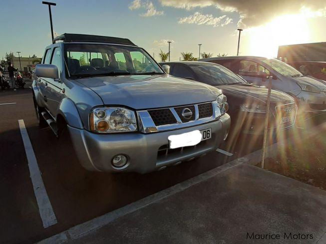 Used Nissan Hardbody | 2006 Hardbody for sale | Curepipe