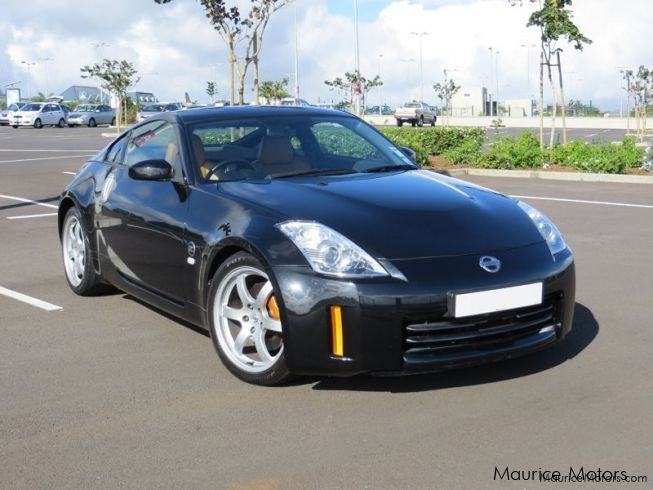 used nissan 350z 2007 350z for sale 8 dr ross ave quatre bornes nissan 350z sales nissan. Black Bedroom Furniture Sets. Home Design Ideas