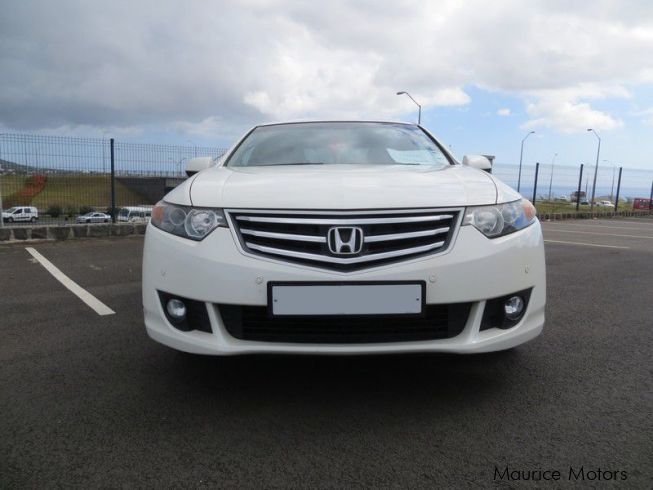 used honda accord cu2 2009 accord cu2 for sale quatre. Black Bedroom Furniture Sets. Home Design Ideas