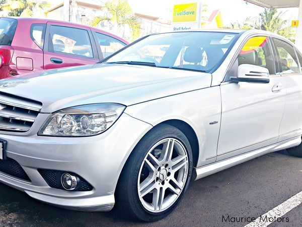 Used mercedes benz c180 2009 c180 for sale arsenal for Private sale mercedes benz