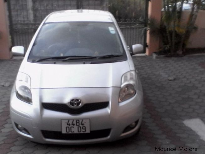 used toyota yaris 2009 yaris for sale quatre bornes toyota yaris sales toyota yaris price. Black Bedroom Furniture Sets. Home Design Ideas