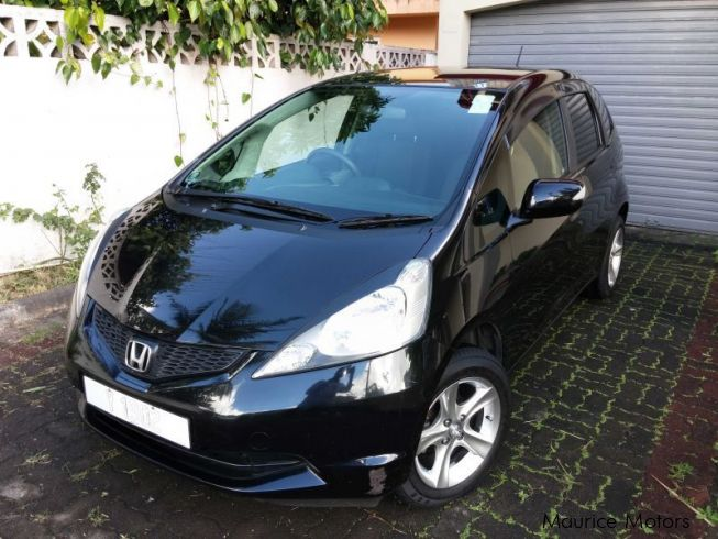 used honda fit 2010 fit for sale vacoas honda fit sales honda fit price rs 425 000 used cars. Black Bedroom Furniture Sets. Home Design Ideas