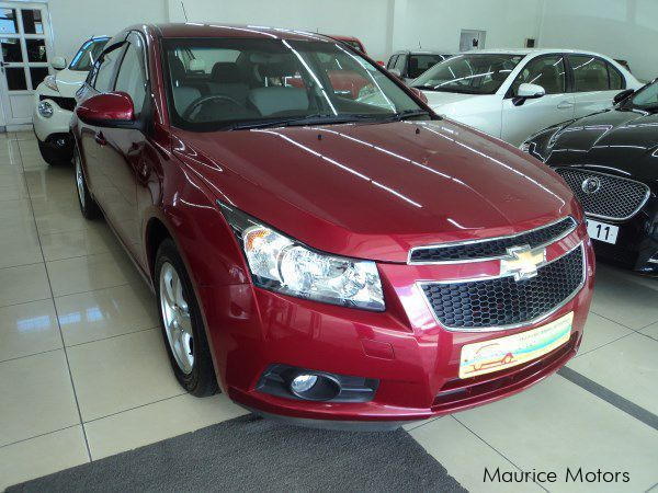 used chevrolet cruze 2011 cruze for sale phoenix chevrolet cruze sales chevrolet cruze. Black Bedroom Furniture Sets. Home Design Ideas