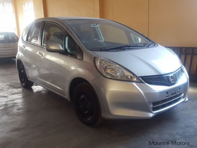used honda fit 2012 fit for sale port louis honda fit sales honda fit price sale used cars. Black Bedroom Furniture Sets. Home Design Ideas