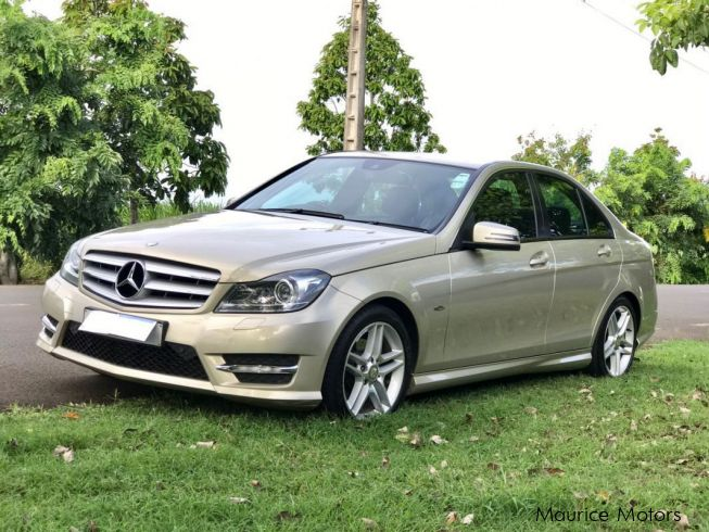 Used mercedes benz c 180 amg 2012 c 180 amg for sale for Used cars for sale mercedes benz