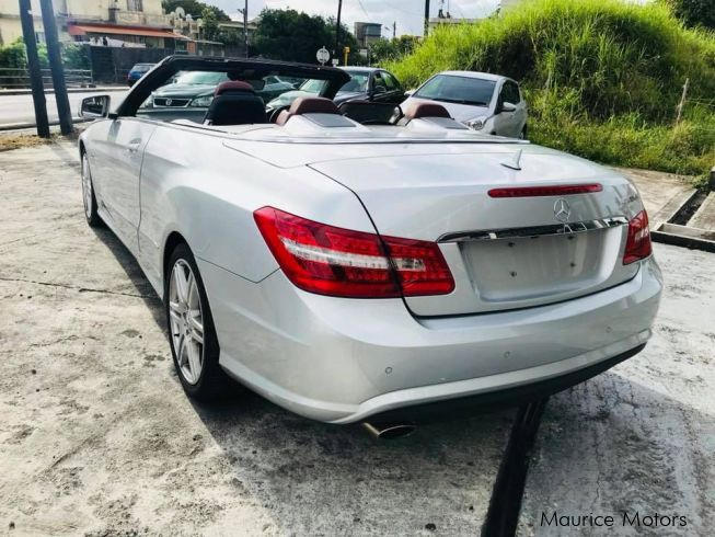 Mercedes-Benz E250 AMG CONVERTIBLE - RED AMG SPORT LEATHER SEATS - TURBO CHARGEDin Mauritius