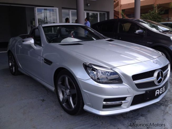 used mercedes benz slk 250 amg 7 speed paddle shift one owner car excellent condition as new. Black Bedroom Furniture Sets. Home Design Ideas