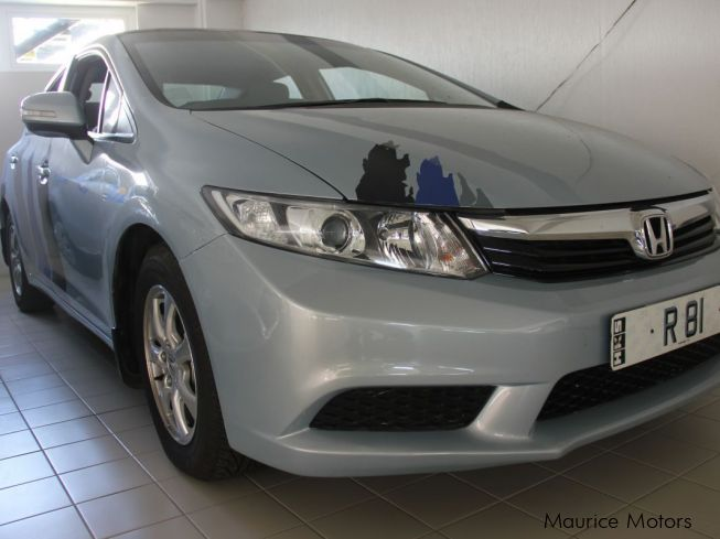 Honda CIVIC - LIGHT BLUEin Mauritius