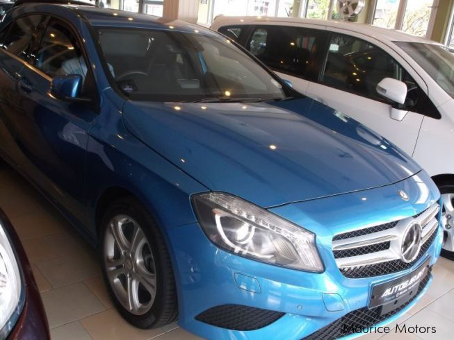 Used mercedes benz a180 blue efficiency 2013 a180 for Used mercedes benz phoenix
