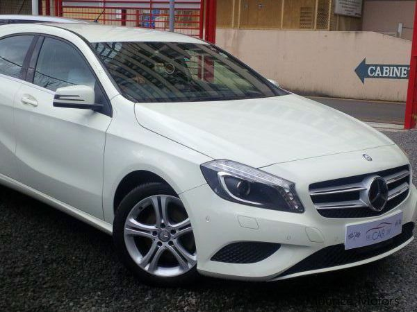 Used mercedes benz a180 sport 2013 a180 sport for sale for Mercedes benz greenway used cars