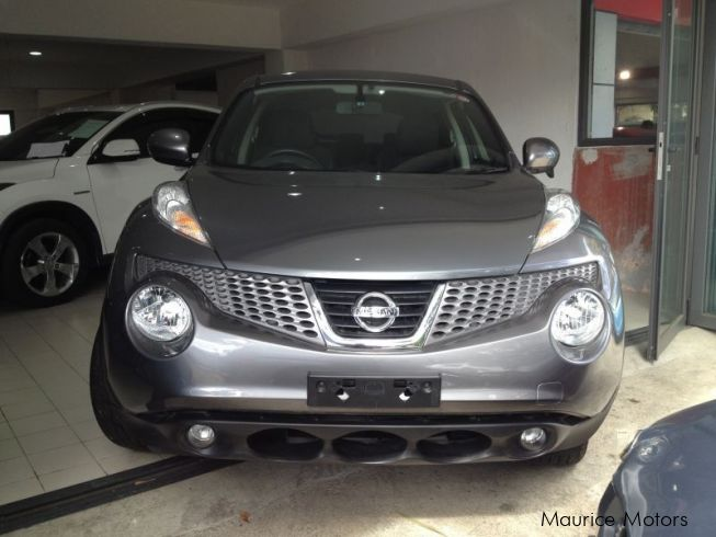 used nissan juke xtronic cut dark grey 2013 juke xtronic cut dark grey for sale rose. Black Bedroom Furniture Sets. Home Design Ideas