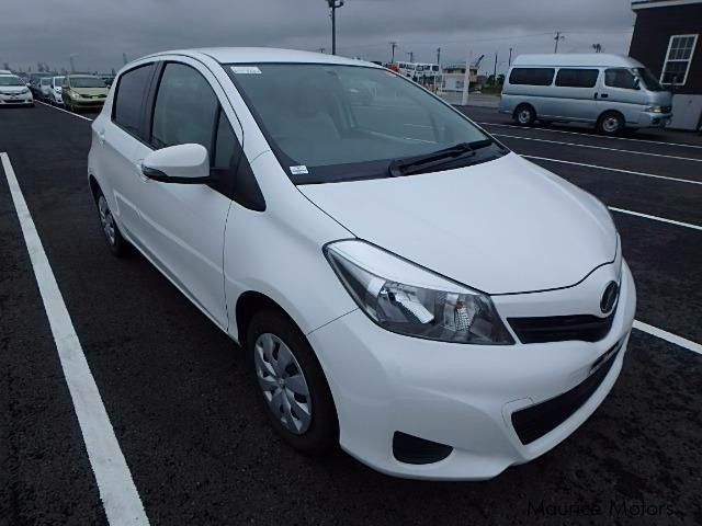 used toyota vitz smart stop package 2013 vitz smart stop
