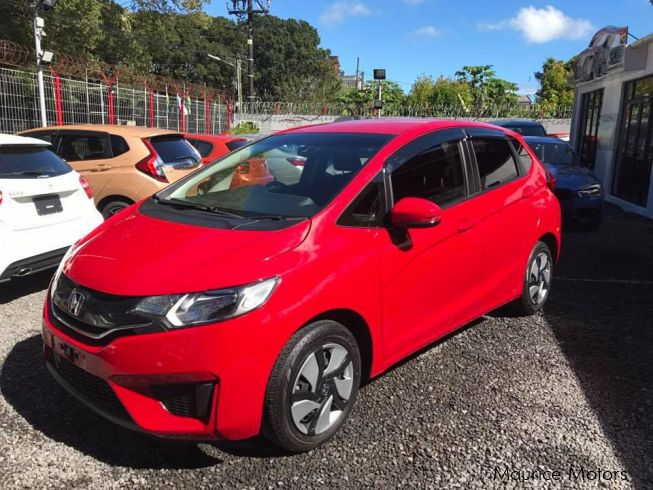 used honda fit 13g 2014 fit 13g for sale vacoas honda fit 13g sales honda fit 13g price. Black Bedroom Furniture Sets. Home Design Ideas