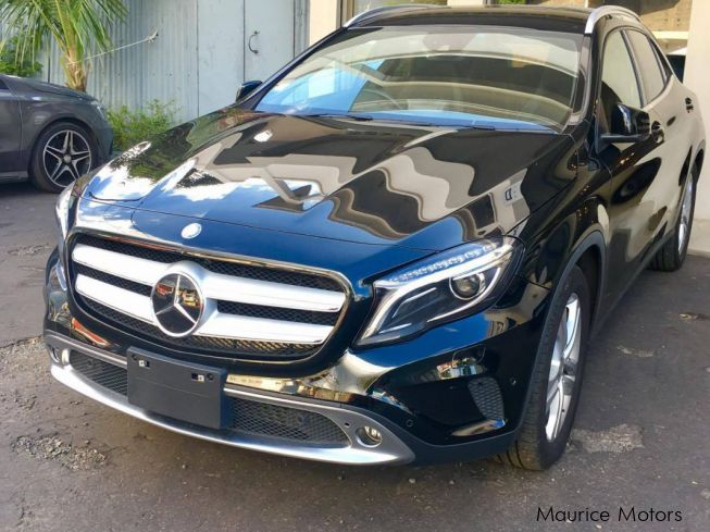 Used mercedes benz gla 180 2014 gla 180 for sale g r n for Mercedes benz gla for sale