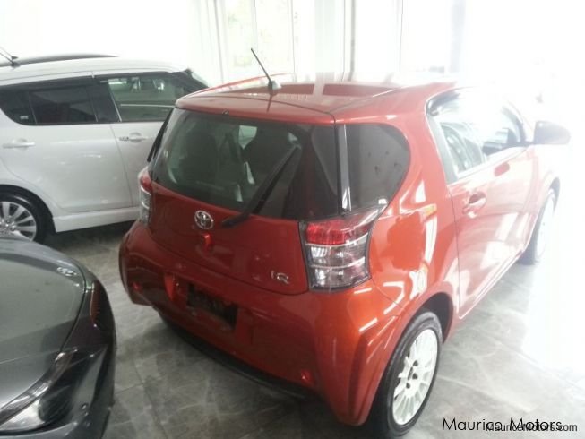 used toyota iq rs 1 3l 6 speed manual transmission 2014 iq rs 1 3l 6 speed manual. Black Bedroom Furniture Sets. Home Design Ideas