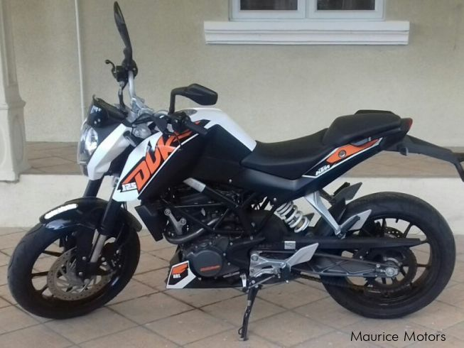 used ktm duke 125 abs 2015 duke 125 abs for sale tamarin ktm duke 125 abs sales ktm duke. Black Bedroom Furniture Sets. Home Design Ideas