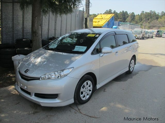 used toyota wish 7 seater 2015 wish 7 seater for sale eau coulee toyota wish 7 seater sales. Black Bedroom Furniture Sets. Home Design Ideas
