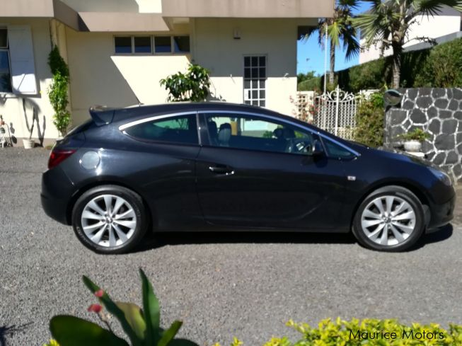 used opel astra gtc 2016 astra gtc for sale curepipe opel astra gtc sales opel astra gtc. Black Bedroom Furniture Sets. Home Design Ideas