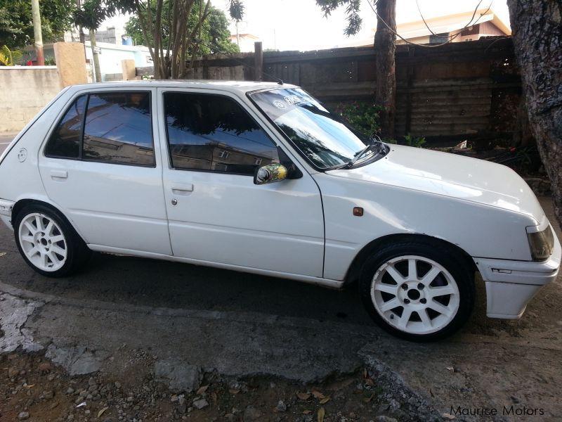 Used Peugeot  For Sale Quatre Bornes