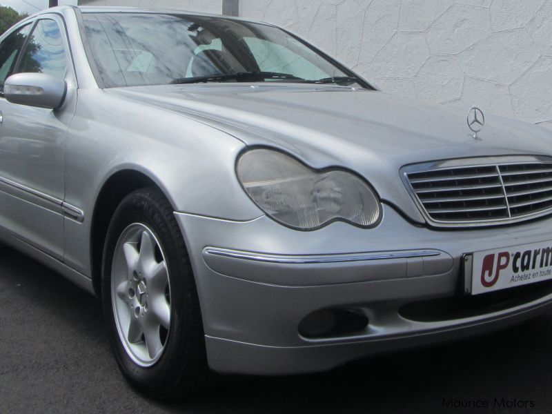 Used mercedes benz c 200 1998 c 200 for sale belle for Used mercedes benz cars for sale