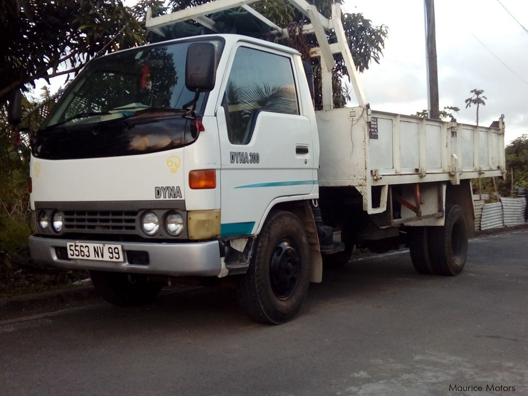 Toyota dyna 300in mauritius