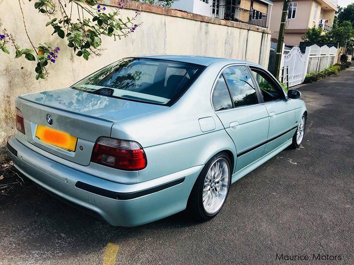 bmw 320i matic with Bmw 523i Msport Manual 2500cc Sunroof 54315 on Toyota PREMIO NEW SHAPE 53461 in addition 3625537 also Mercedes Benz E250 CGI AMG CONVERTIBLE Mauritius39369 together with Volkswagen Polo Vivo 1 4 Trendline 1400659665 as well BMW 316i MSPORT E90 LCI FACELIFT 52008.