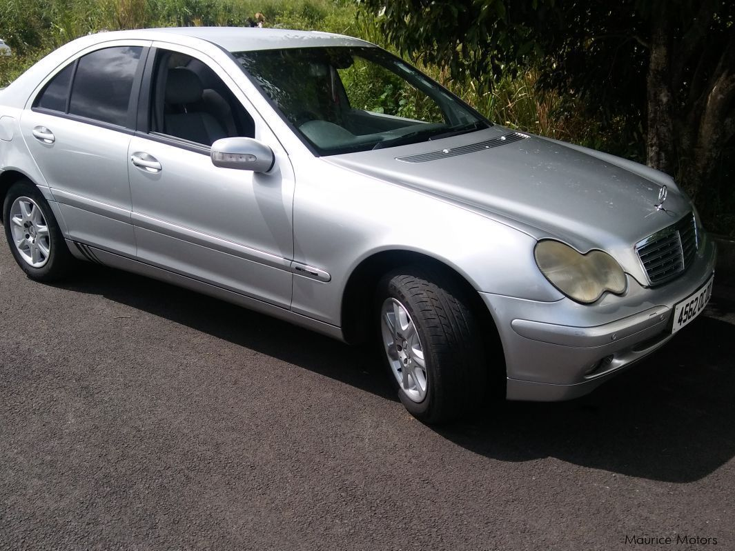 Used mercedes benz c180 w203 2000 c180 w203 for sale for Private sale mercedes benz