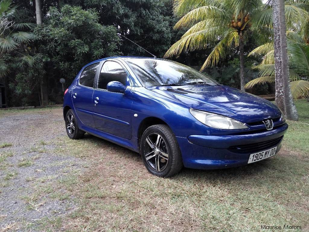used peugeot 206 xr 2000 206 xr for sale plaine des papayes peugeot 206 xr sales peugeot. Black Bedroom Furniture Sets. Home Design Ideas