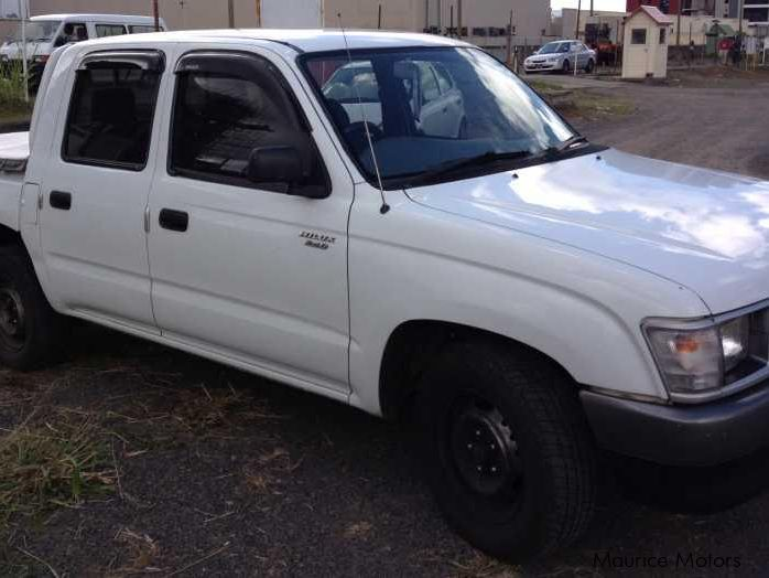 Used Toyota Hilux 2x4 2000 Hilux 2x4 For Sale Vacoas