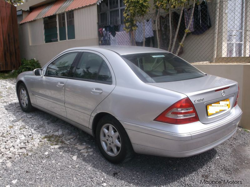 Used mercedes benz c180 silver 2001 c180 silver for for Mercedes benz silver