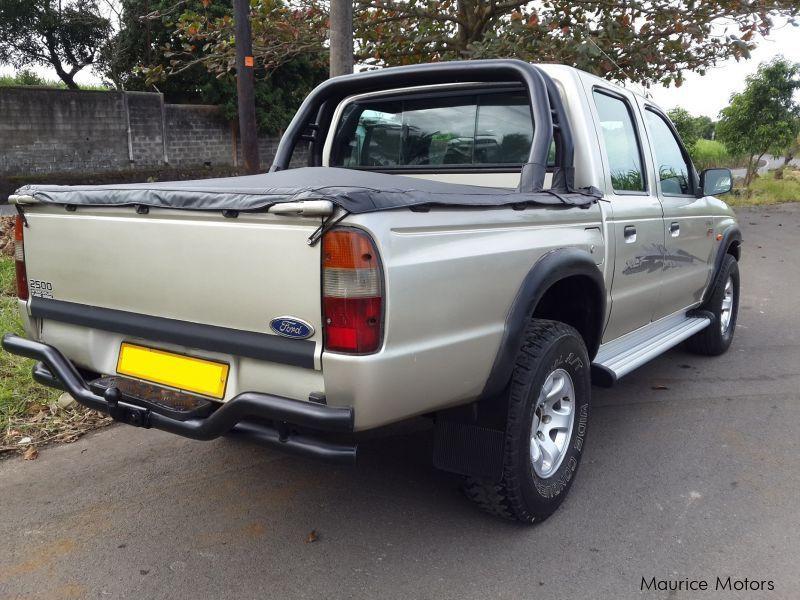 used ford ranger xlt 4x4 2002 ranger xlt 4x4 for sale mare dalbert ford ranger xlt 4x4. Black Bedroom Furniture Sets. Home Design Ideas