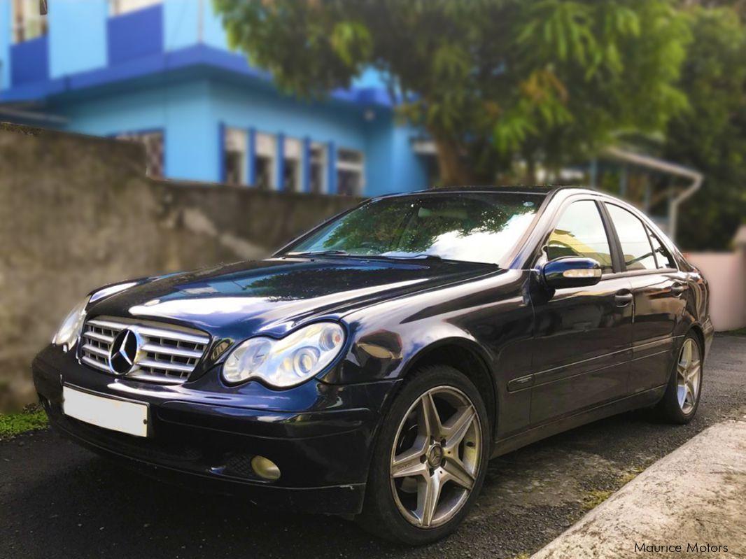 Used mercedes benz c 180 kompressor 2002 c 180 for Mercedes benz c 180