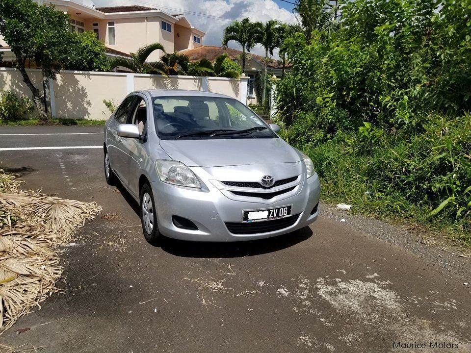 Used Nissan March | 2002 March for sale | Fond du sac Nissan March