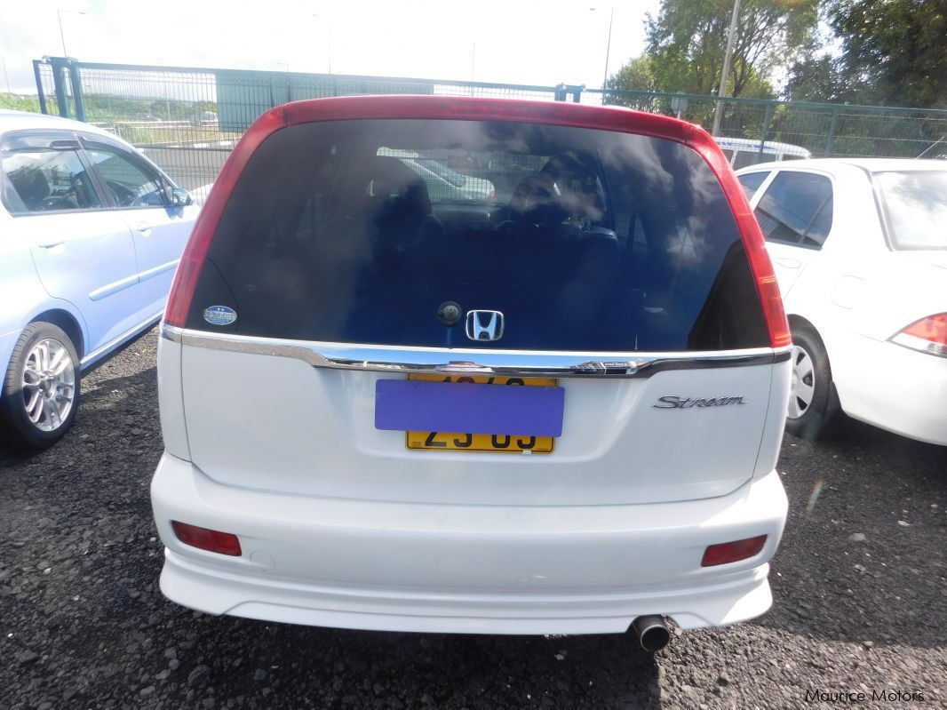 used honda stream 7 seats white 2003 stream 7 seats white for sale camp fouquereaux. Black Bedroom Furniture Sets. Home Design Ideas