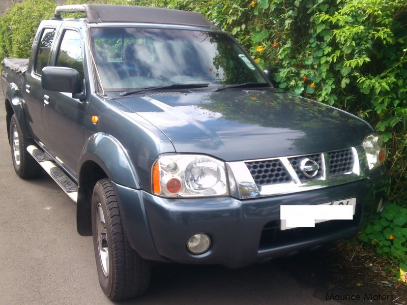 Used Nissan Hardbody Predatpr 3.0 Turbo 4X4 | 2004 ...
