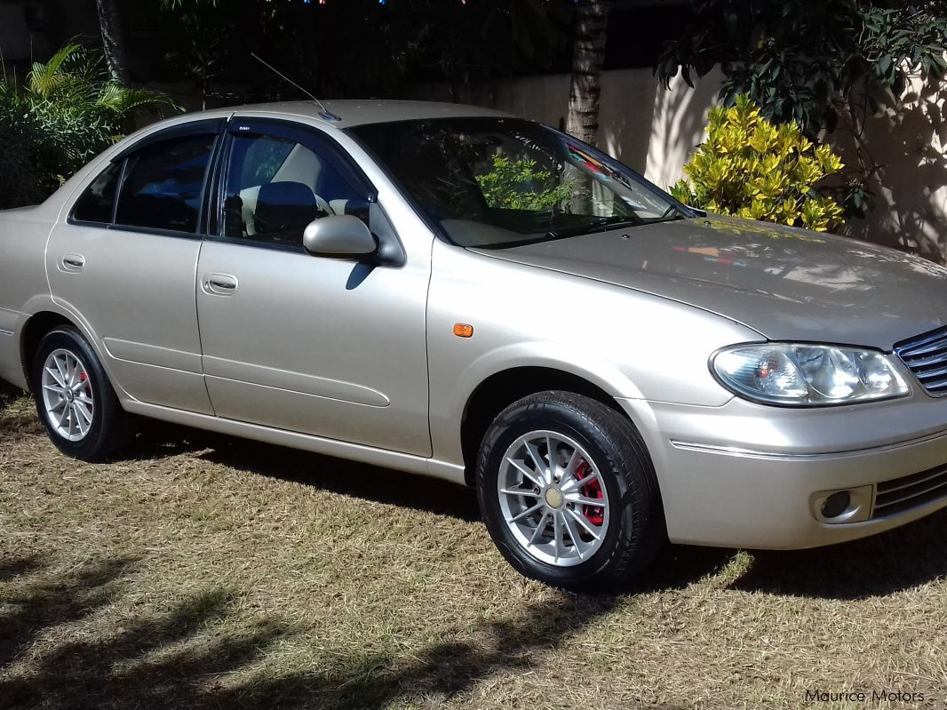 used nissan sunny n17 2004 sunny n17 for sale mauritius nissan sunny n17 sales nissan. Black Bedroom Furniture Sets. Home Design Ideas