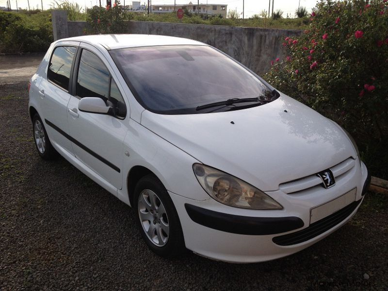 used peugeot 307 1 4 hdi 2004 307 1 4 hdi for sale mauritius peugeot 307 1 4 hdi sales. Black Bedroom Furniture Sets. Home Design Ideas