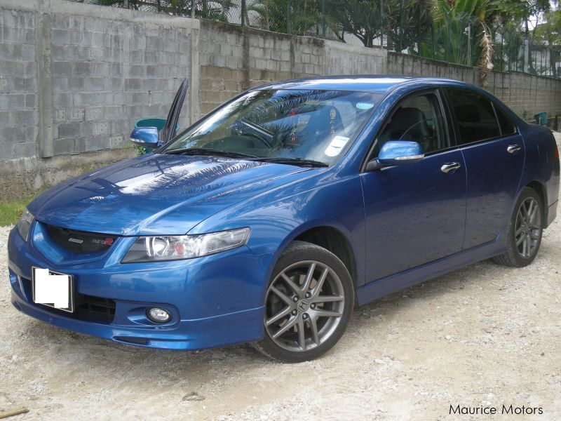 used honda accord euro r 2005 accord euro r for sale royal road calebasses pamplemousses. Black Bedroom Furniture Sets. Home Design Ideas