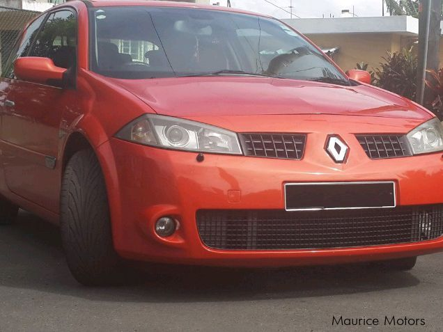 used renault megane rs 2005 megane rs for sale quatre bornes renault megane rs sales. Black Bedroom Furniture Sets. Home Design Ideas